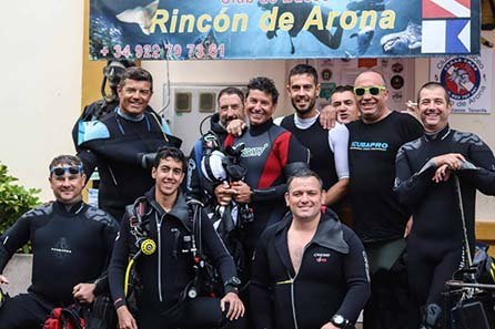 Centro de Buceo Rincón de Arona, professional scuba diving instructors in Tenerife.