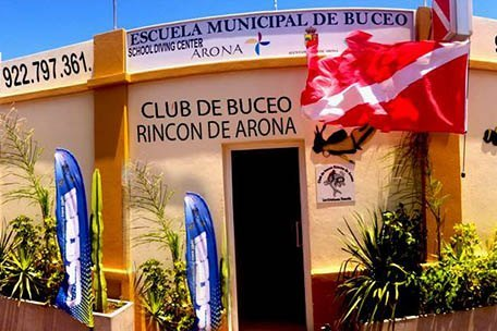 Centro de Buceo Rincón de Arona, professional diving instructors in Tenerife South.